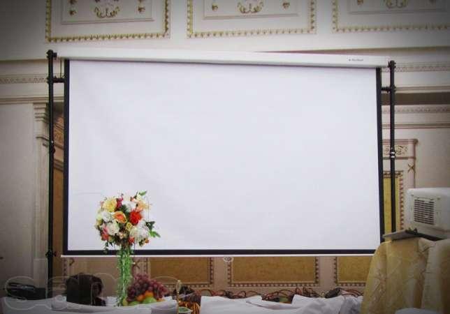 68461989_2_644x461_prodam-video-proektor-ekrany-2h2-i-3h3-m-stolik-dlya-proektora-sayt-fotografii_rev001